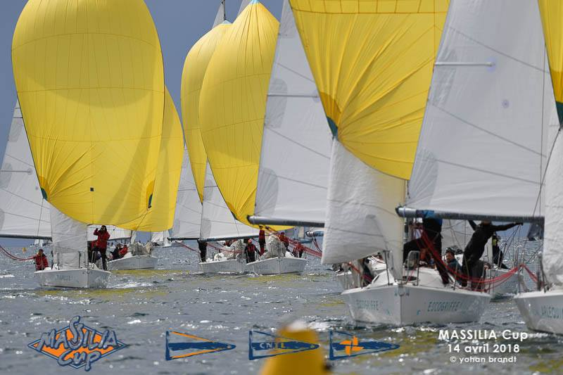 Massilia Cup en Grand Surprise Team Winds - location de monotypes de régate Marseille (5)